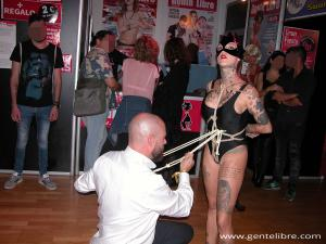 Shibari en el Área Swinger del Salón Erótico de Barcelona